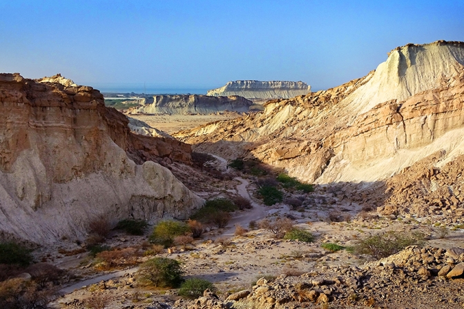 Deserts, canyons and nude swimming: homestay on Qeshm island